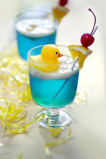 Rubber duck theme blue colour cocktail drinks