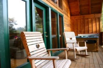 Choosing Large Wooden Rocking Chairs