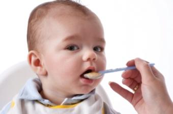 When Can I Give My Newborn Food?