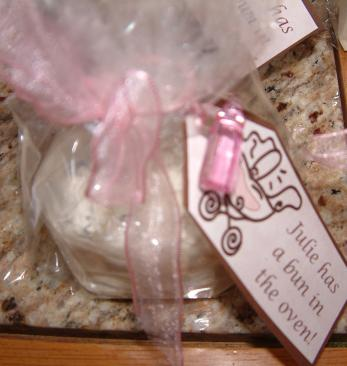 Bun in the Oven baby shower favor, Photo courtesy Cindy Rippe http://artinentertaining.blogspot.com/