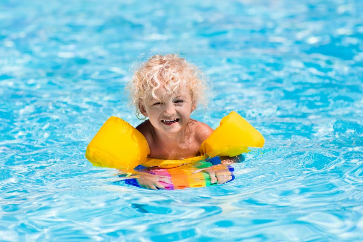 Toddler swim aids lovetoknow - Can i swim in a pool while pregnant ...