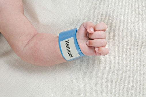 hospital ID bracelet on baby