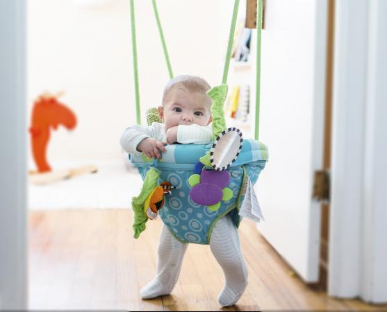 Doorway baby jumper