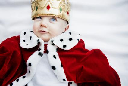 Baby wearing king outfit