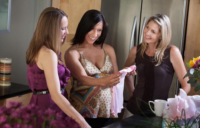 Mujeres en el baby shower