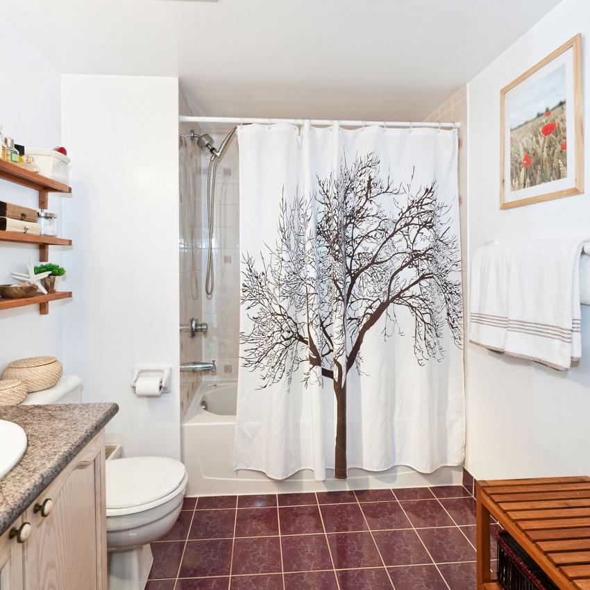 https://cf.ltkcdn.net/bedding/images/slide/207032-850x850-Shower-Curtain-with-Tree.jpg