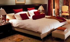 bedroom with duvet