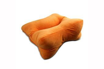 https://cf.ltkcdn.net/bedding/images/slide/171484-850x565-Dogbone-Shape-Pillow.jpg