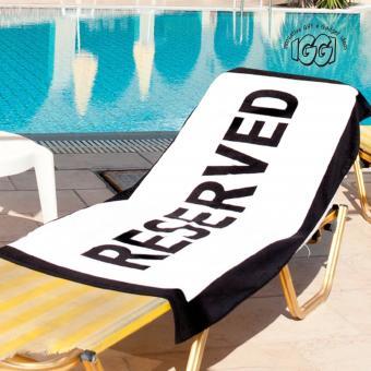 https://cf.ltkcdn.net/bedding/images/slide/214925-500x500-reserved-towel2.jpg