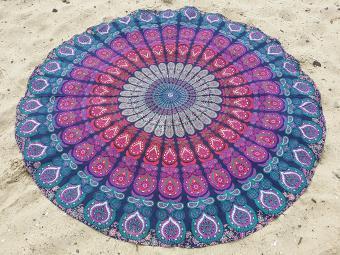 https://cf.ltkcdn.net/bedding/images/slide/219451-500x375-mandala-tapestry-beach-blanket.jpg