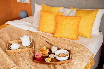 Yellow Bedroom Décor