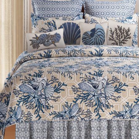 Blue Tropical Quilt Ensemble