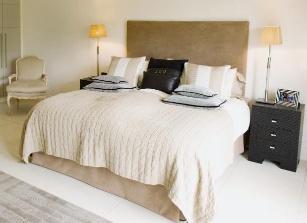 Off-white modern bedroom