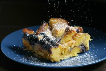 https://cf.ltkcdn.net/best/images/slide/208390-600x400-Bread-pudding.jpg
