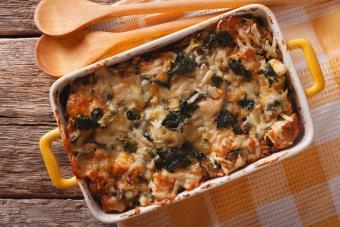 https://cf.ltkcdn.net/best/images/slide/208395-600x400-Strata-casserole-with-spinach.jpg