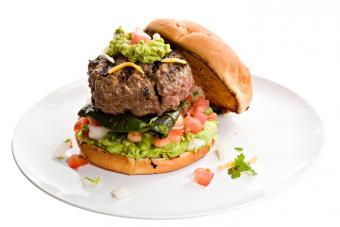 https://cf.ltkcdn.net/best/images/slide/228938-704x469-Mexican-Hamburger.jpg