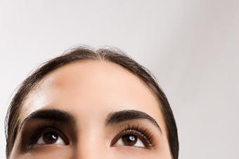 woman-looking-up.jpg