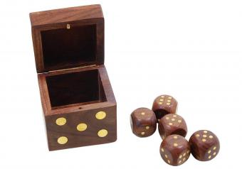 https://cf.ltkcdn.net/boardgames/images/slide/255865-850x595-6_Dice_Storage_Box.jpg