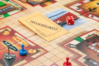 Playing the game of Clue