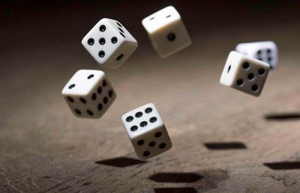 Play a game with dice