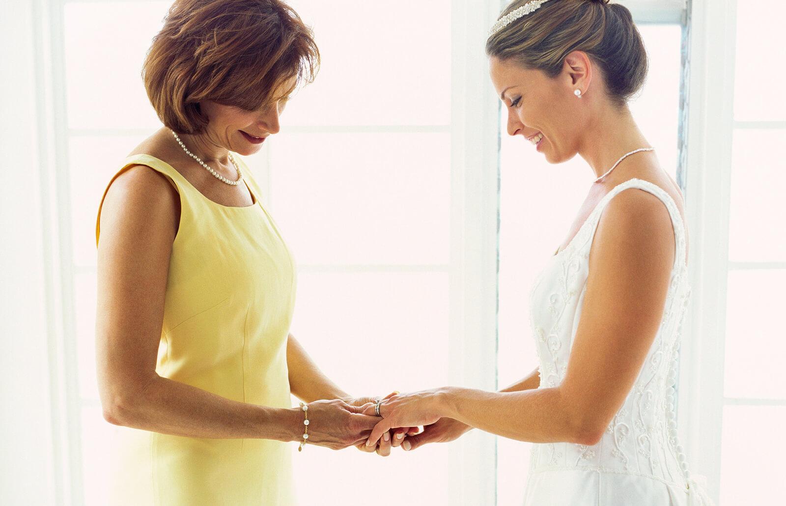 madre-hija-boda.jpg