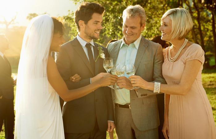 Recién casados con padres del novio