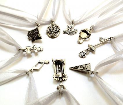 Amuletos para el pastel de bodas