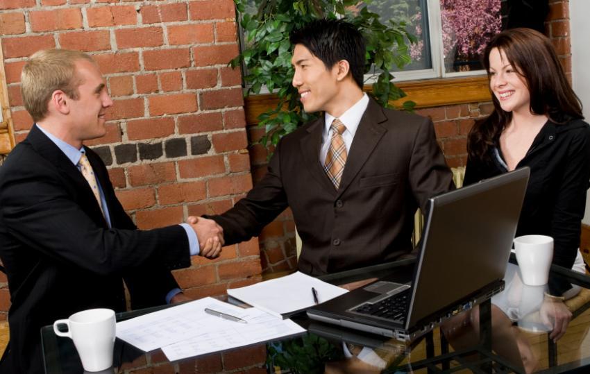 https://cf.ltkcdn.net/business/images/slide/33056-850x539-job_interview.jpg