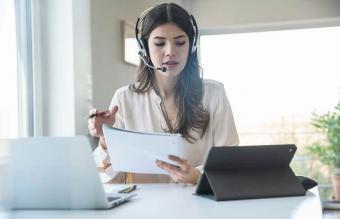 Woman on a virtual meeting