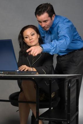 Learning How to Delegate Tasks