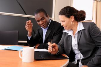 https://cf.ltkcdn.net/business/images/slide/33180-850x563-mentor_session.JPG