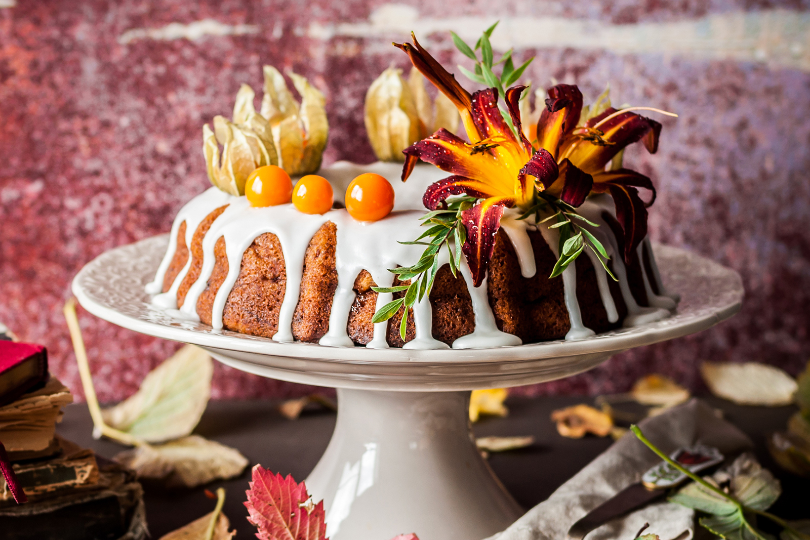 Ideas For Decorating A Bundt Cake Lovetoknow