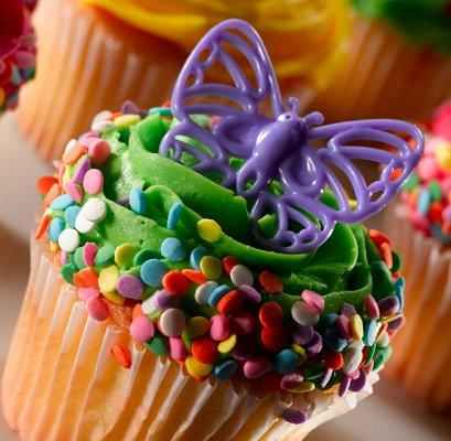 https://cf.ltkcdn.net/cake-decorating/images/slide/112664-409x400-buttercup3.jpg