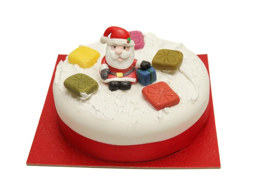 https://cf.ltkcdn.net/cake-decorating/images/slide/112697-824x583-novelty8.jpg