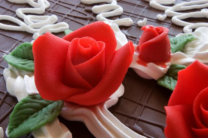 https://cf.ltkcdn.net/cake-decorating/images/slide/112801-800x533-fondant3.jpg