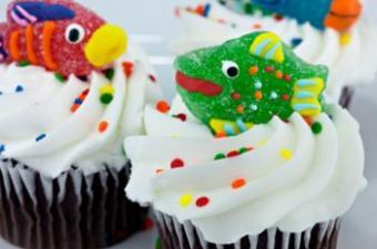 Decorate Cute Cupcakes