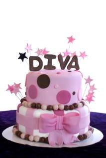 Fondant cake with bow