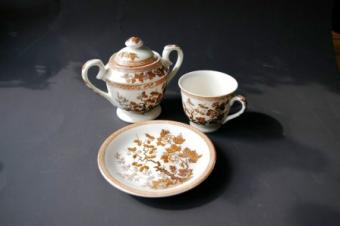 Decorating a Cake to Look Like Transferware