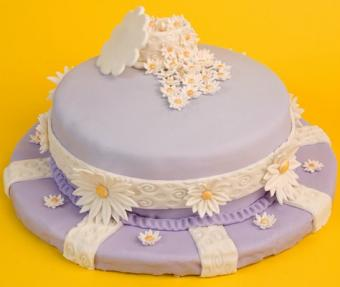 https://cf.ltkcdn.net/cake-decorating/images/slide/112556-474x400-fondant5.jpg