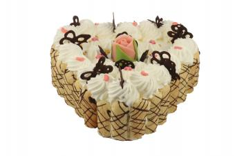 https://cf.ltkcdn.net/cake-decorating/images/slide/112740-849x565-Designer_Heart_Cake.jpg