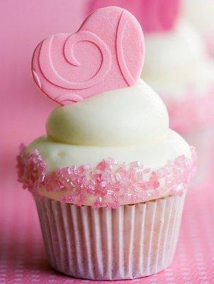 https://cf.ltkcdn.net/cake-decorating/images/slide/113126-302x400-valcup1.jpg