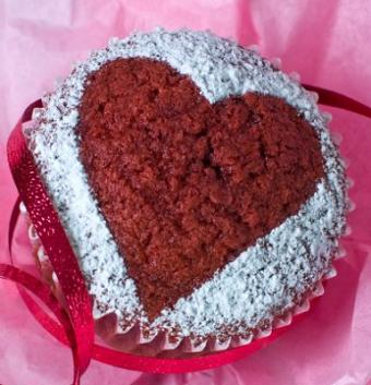 https://cf.ltkcdn.net/cake-decorating/images/slide/113135-385x400-valcup2.jpg