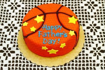 https://cf.ltkcdn.net/cake-decorating/images/slide/131826-800x533r1-sports4.jpg