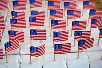 https://cf.ltkcdn.net/cake-decorating/images/slide/135766-847x567r1-patriotic3.jpg