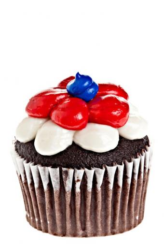 https://cf.ltkcdn.net/cake-decorating/images/slide/135771-566x848r1-patriotic7.jpg