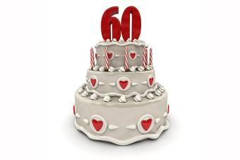 https://cf.ltkcdn.net/cake-decorating/images/slide/178033-850x565-Hearts-60th-Birthday-Cake.jpg