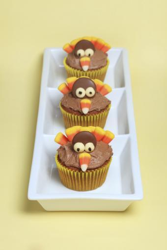 https://cf.ltkcdn.net/cake-decorating/images/slide/180757-567x850-turkey.jpg