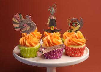 https://cf.ltkcdn.net/cake-decorating/images/slide/180761-850x602-thanksgiving-decorations.jpg