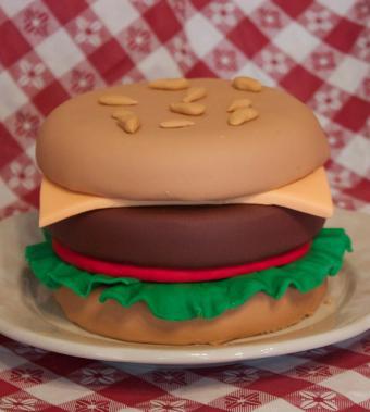rolled fondant hamburger cake