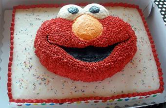 Elmo Cake Decorating